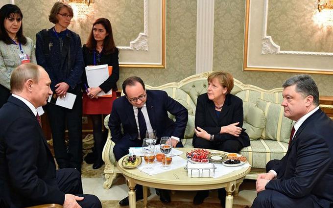 Стало відомо про плани нової зустрічі Порошенка з Путіним