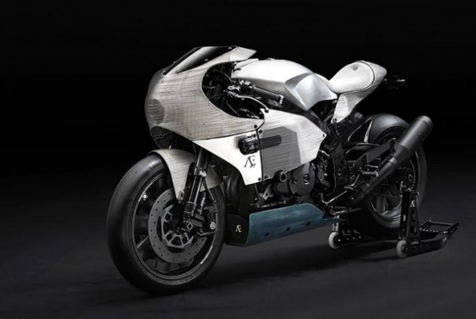 Мастера Praem представили Honda VTR 1000 SP1, получивший алюминиевый проволочный обвес (16 фото)