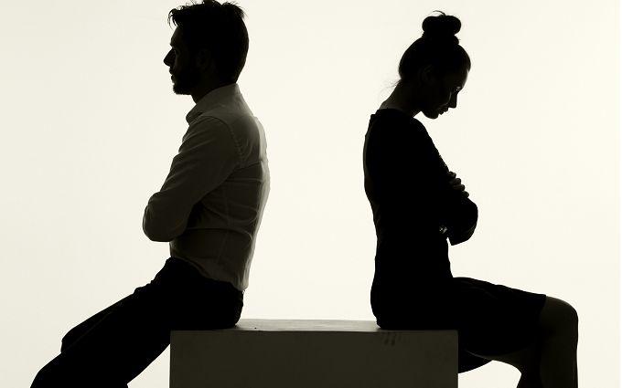 ТОП-10 тайных признаков того, что вы несчастны в отношениях