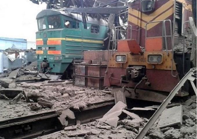 """""""Руський мир"""": в мережі жахнулися через свіжі фото розрухи в Дебальцеве (1)"""
