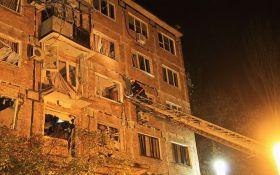 Вибух в житловому будинку Донецька: з'явилися дані про постраждалих і версії