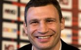 """Кличко поразил сеть """"борьбой за чистоту улиц"""": появилось интересное видео"""