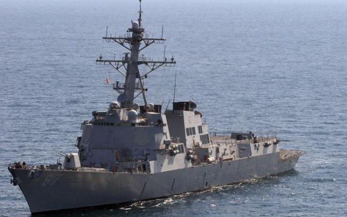 Біля берегів Ємену атакований бойовий корабель США: з'явилися подробиці