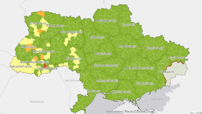 Україна перейшла на нову систему карантину - в яких областях і містах посилили обмеження (2)