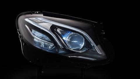 Mercedes-Benz рассказал о технологиях нового E-класса (3)