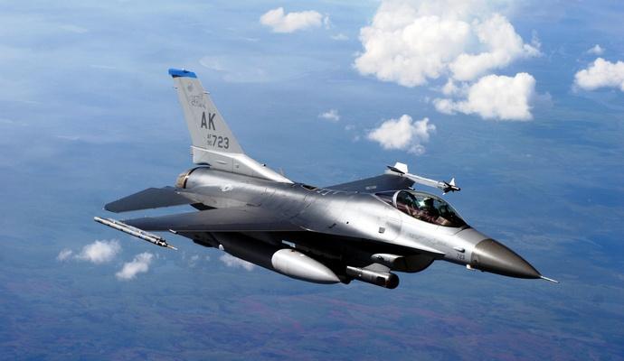 США в кооперации с союзниками нанесли 23 воздушных удара по позициям ИГИЛ