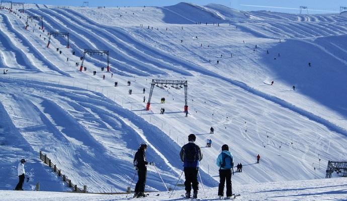 Зметені лавиною в Альпах студенти виїхали далеко попереду керівника - очевидці