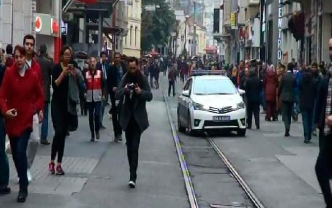 Теракт в Стамбуле: появились новые данные о погибших и видео взрыва