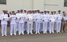 У день ВМС українські моряки провели акцію на підтримку Сенцова: опубліковано відео