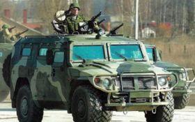 До Сімферополя їде велика колона російської військової техніки