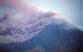 Извержение вулкана на Филиппинах: опубликованы видео