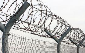 Латвия отгородилась от России забором с колючей проволокой