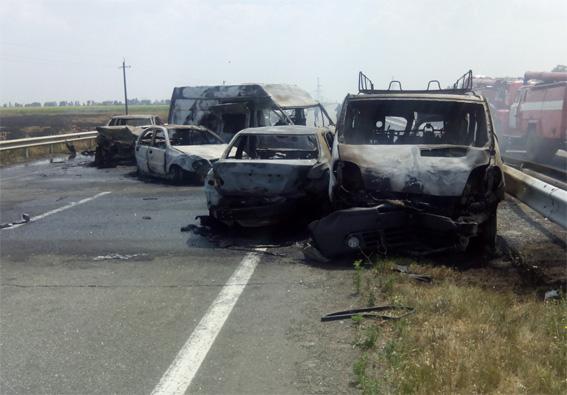 Страшна ДТП на трасі Одеса-Київ: з'явилися фото і моторошні подробиці (1)