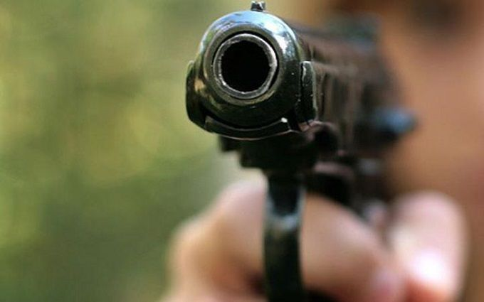 У Києві невідомі влаштували стрілянину і викрали мільйони гривень