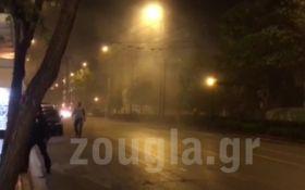 Взрыв возле банка в центре Афин: появилось видео