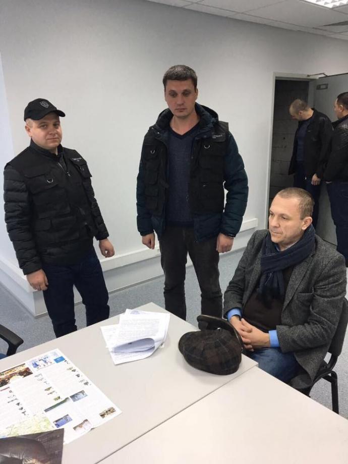 В Борисполе задержан заместитель директора Одесского НПЗ (3)