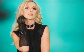 В Киеве отменили концерт российской звезды, которая пела в Крыму