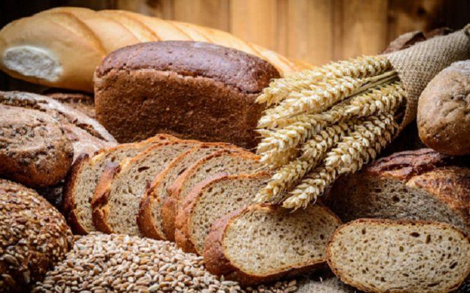 Диетологи рассказали, сколько хлеба можно есть каждый день