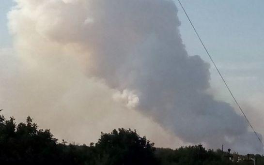 В оккупированном ДНР Донецке горел завод химизделий: появилось видео