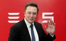 Разговор Гройсмана с Илоном Маском: в сети грустно пофантазировали о Tesla в Украине