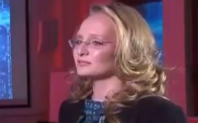 """Операция """"наследница"""" стартовала?: младшая дочь Путина впервые появилась на росТВ"""