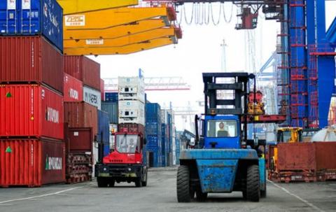 Профіцит зовнішньої торгівлі України товарами за 8 місяців скоротився до $619,8 млн