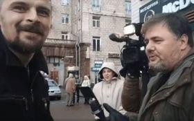 """Скандального блогера в Києві побив член """"Правого сектора"""": опубліковано відео"""