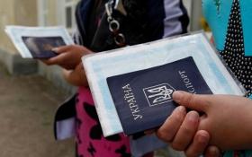 Переселенцям з Донбасу готують сюрпризи з виплатами