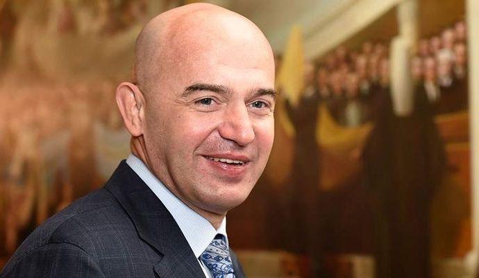 Кононенко хочет ответить на вопросы Абромавичуса