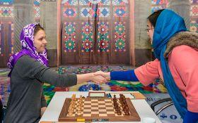 Музичук зіграла першу партію у фіналі чемпіонату світу з шахів: опубліковані фото