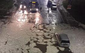 Це потрібно бачити: Рим опинився у полоні льоду та потужних злив