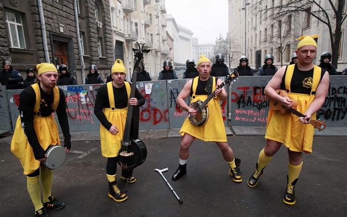 Україна різко відреагувала на недопуск гурту Ot Vinta до Польщі