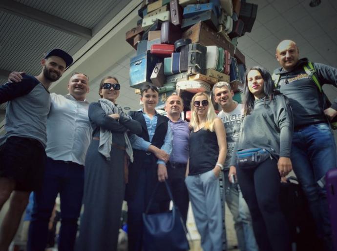Голодуюча Савченко прилетіла на вечерю в США: опубліковано фото (1)