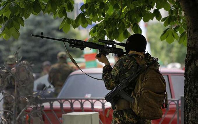 Як стріляють українські снайпери: з'явилося вражаюче відео з фронту