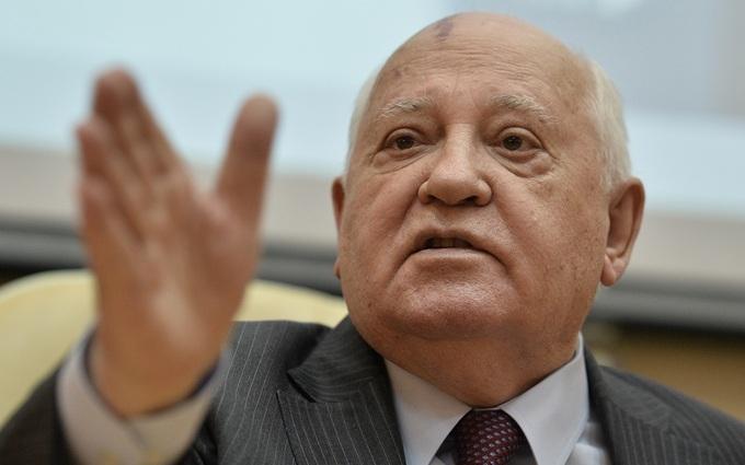 Україна заплатила Горбачову за схвалення анексії Криму