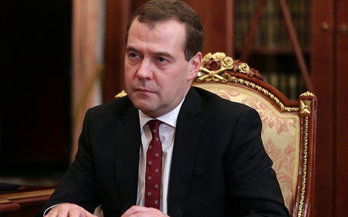 Справжній жорсткий лідер: в Росії висміяли реакцію Медведєва на дачний скандал