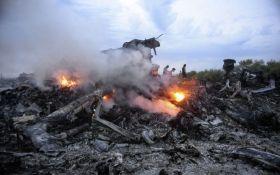 В Европе задержан журналист: вез с Донбасса обломки самолета и человеческие останки