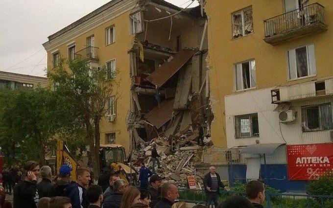В Волгограде взрыв газа вызвал обвал подъезда жилого дома, есть погибшие   появились фото и 9f2d4a5d7fc