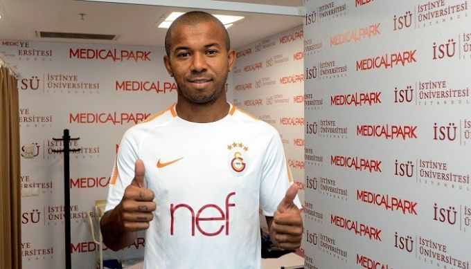 Мариано подписал 3-летний контракт с Галатасараем