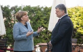 Меркель розповіла Порошенко про результати її зустрічі з Путіним