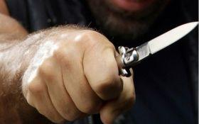 В Ирпене бойца Нацгвардии пырнули ножом за замечание компании молодых людей