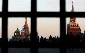 """Закон о прекращении """"дружбы"""" с Россией вступил в силу: что это значит"""