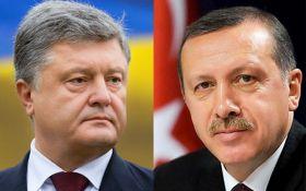 Порошенко поговорил с Эрдоганом и вспомнил о референдуме в Турции