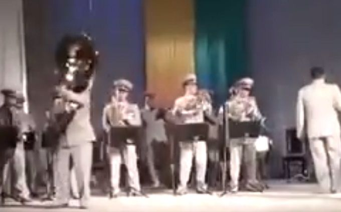 Отвязный украинский военный оркестр стал хитом соцсетей: появилось видео