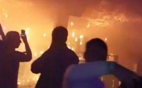 У нічному клубі у Львові сталася пожежа, постраждали десятки людей: опубліковані фото