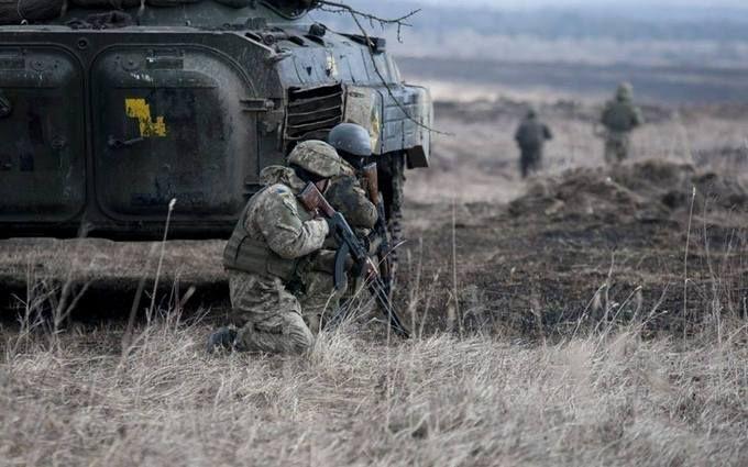 Ситуация на Донбассе напряженная: штаб ООС сообщил тревожные новости