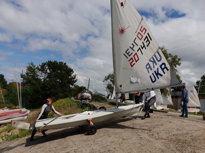 Киевский яхт-клуб «Оболонь» устроил День открытых дверей для школьников (1)