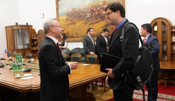 США может направить советников в Минобороны Украины
