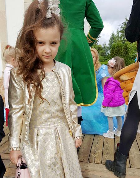 Лорак покликала на день народження дочки зірку шансону: з'явилися фото і відео (1)