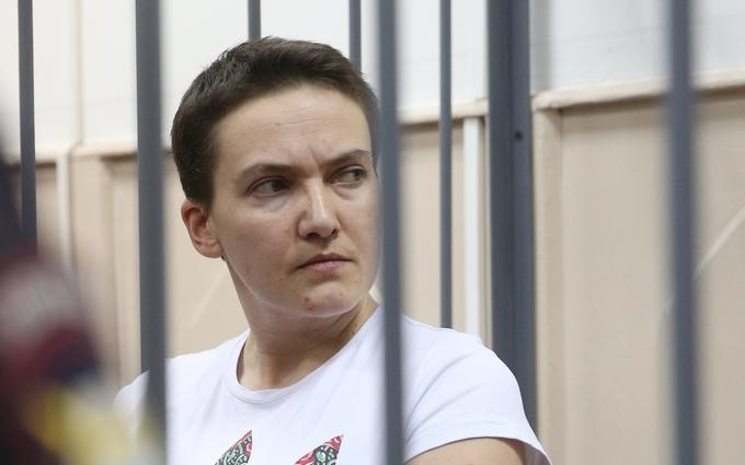 Опубликовано видео исполнения Савченко гимна Украины в суде